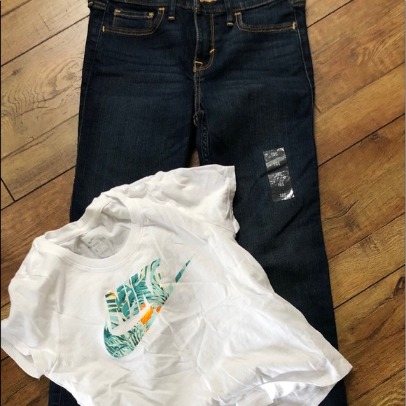 básico Rebaño Incompatible  Abercrombie & Fitch Matching Sets   Nwt Girls Jeans And Nike Top   Poshmark